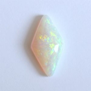 18.8X10.0MM 3.98CT AUSTRALIAN OPAL NATURAL SOLID WHITE LIGHT STONE COOBER PEDY
